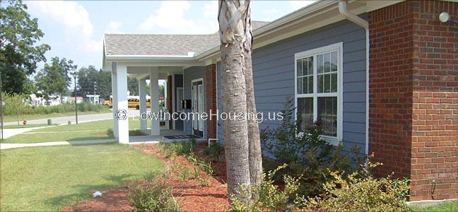 Ochlockonee Pointe Apartments