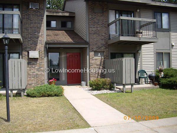 Diamond Head Apartments Kingsford Mi