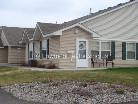 Grand Forks Cottages and Suites