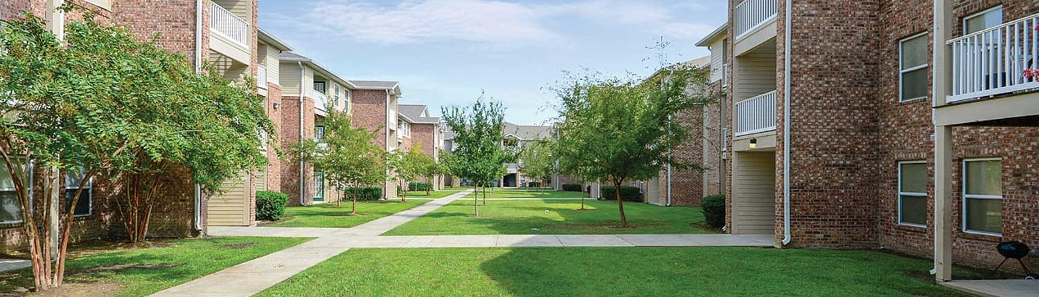 Canterbury House Apartments | 2001 S. Sherwood Forest Blvd ...