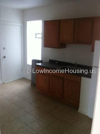 Large South Shore Apartments *also section 8 welcome*