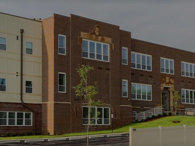 Hendricks Pointe Apartments