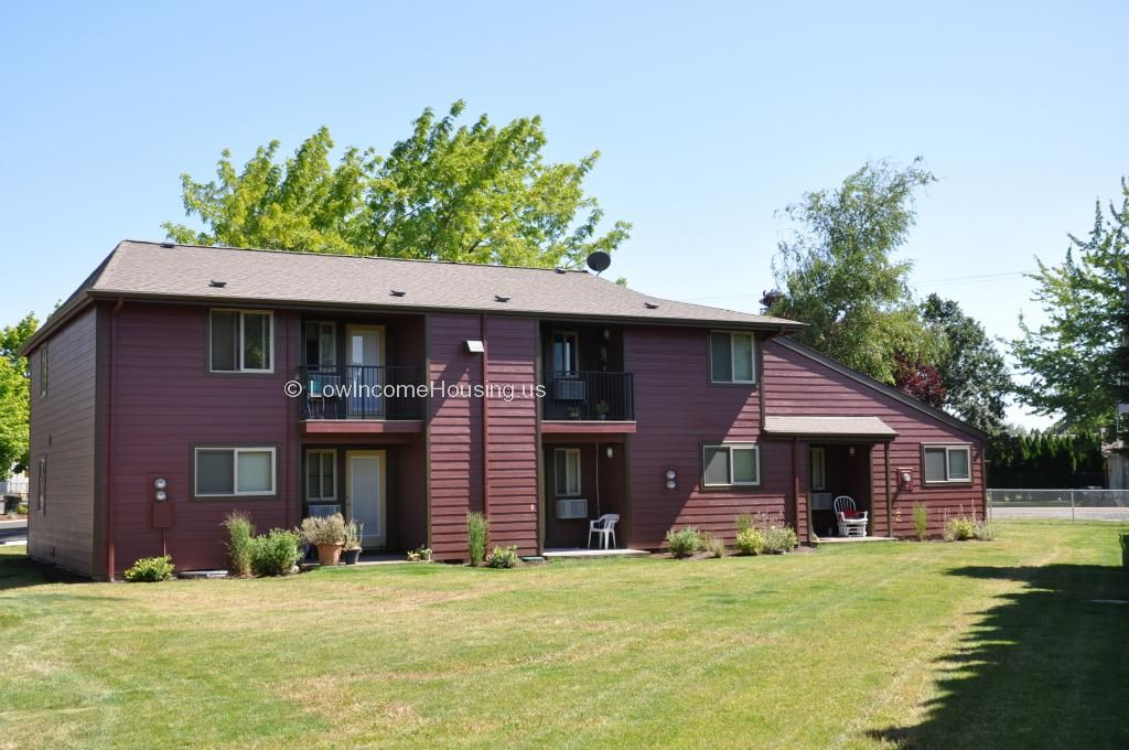 Cascade Valley Apartments