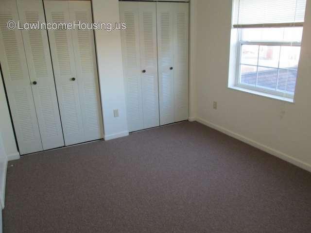 Stockton Apartments | 302 Rogers St, Edmonton, KY 42129 ...