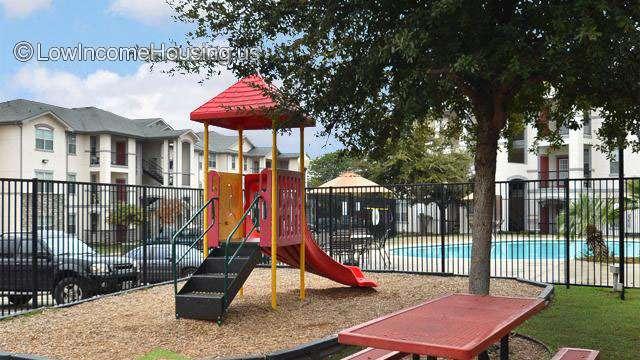 Tigoni Villas 1527 W Sunshine Dr San Antonio Tx