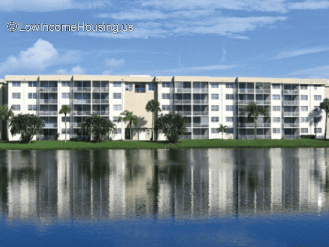Lake Delray Apartments