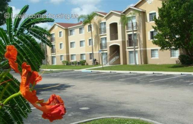Bernwood Trace Apartments  Ft Myers