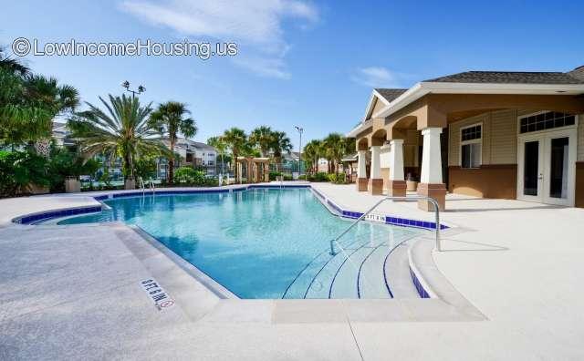 Nassau Bay Apartments