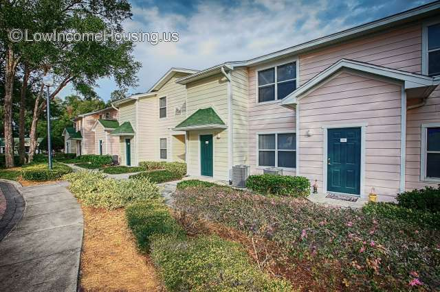 Enclave At Pine Oaks Deland
