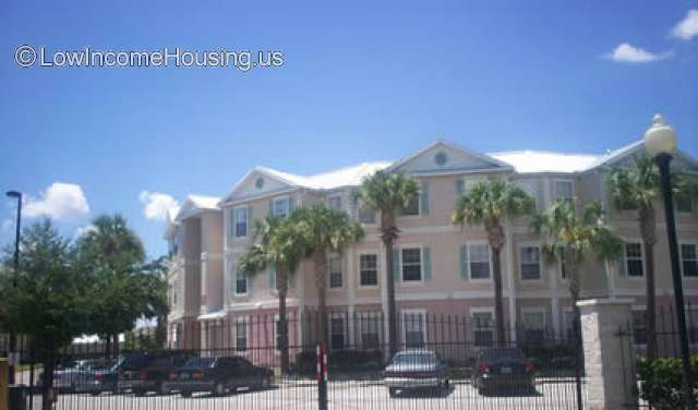 Crescent Club Apartments Orlando