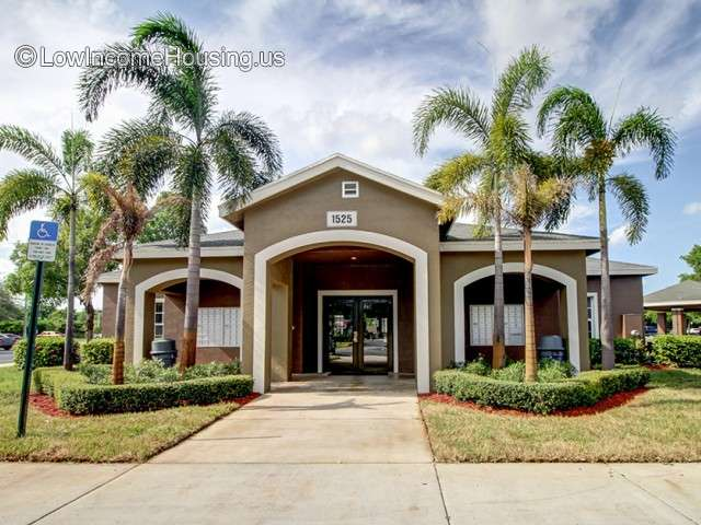 Regency Gardens Apartments   FL