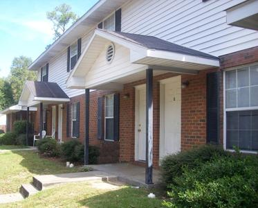 Woodridge Apartments - Defuniak Springs