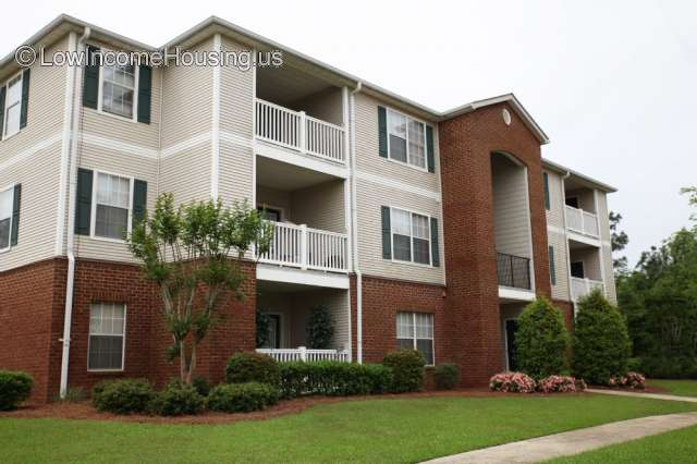 Creekside Pointe Apartments