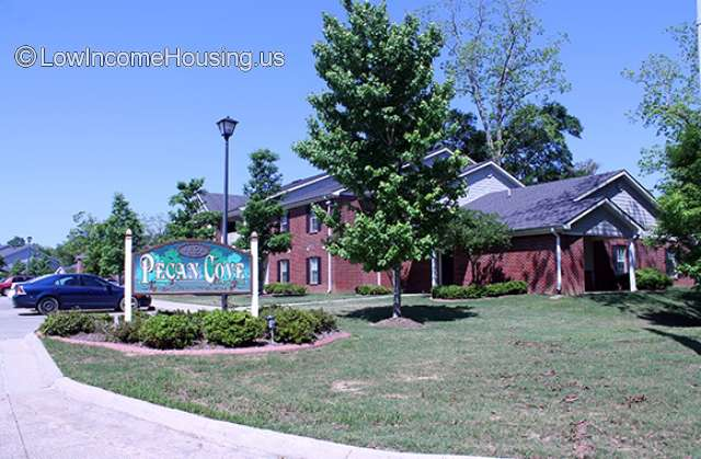Pecan Cove Apartments Mobile