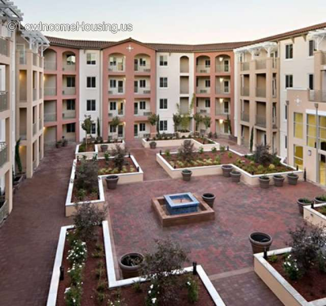 Family Apartment: Corde Terra Village/Senior