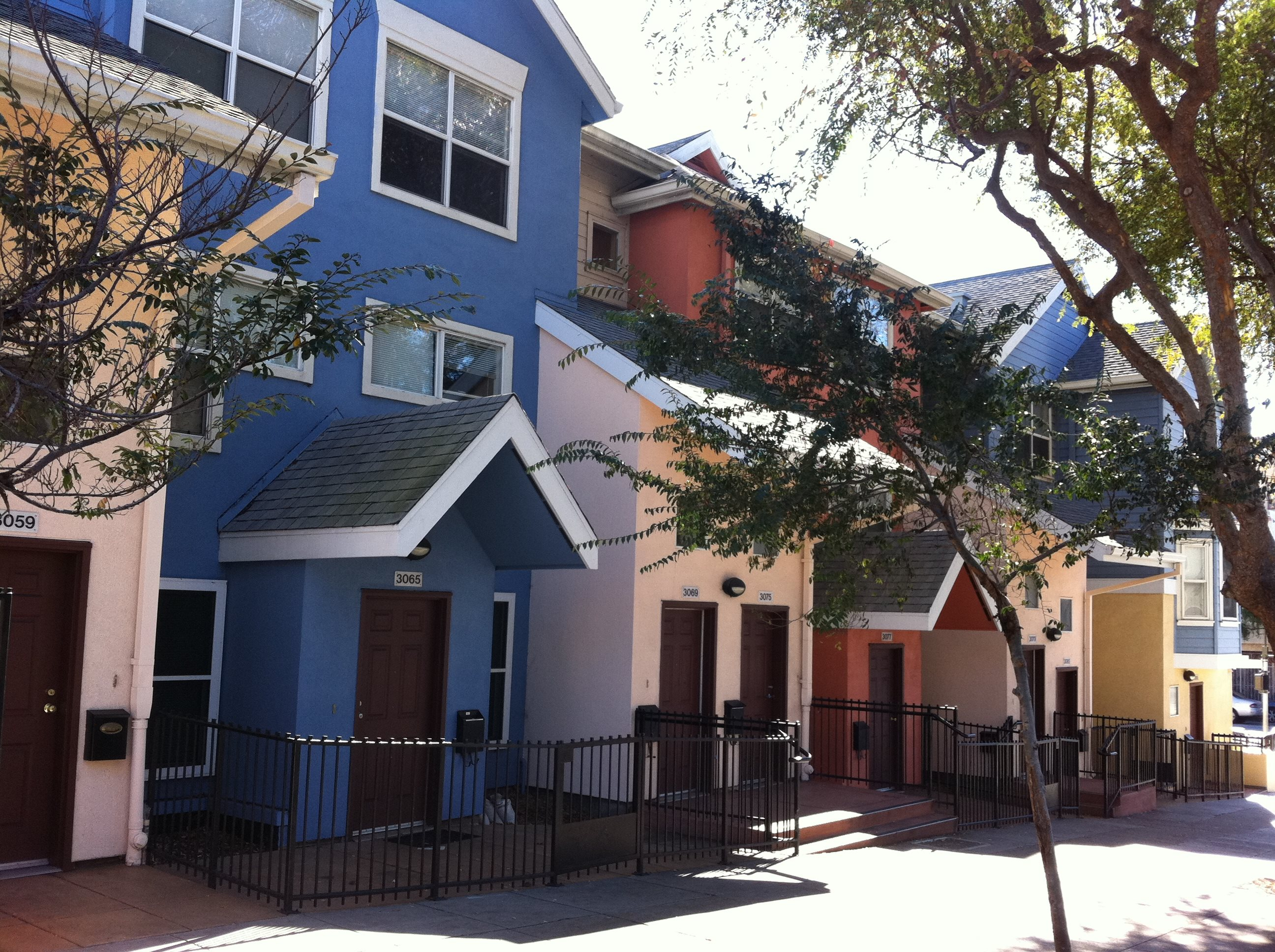 Bernal Dwellings Apartments