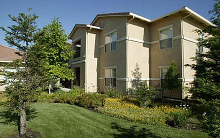 Saratoga Senior Apartments Vacaville