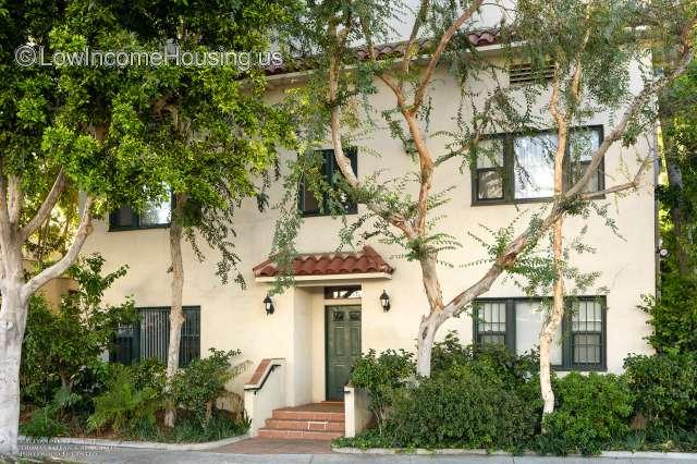 Hollywood El Centro Apartments 6211 De Longpre Ave Los Angeles Ca 90028 Lowincomehousing Us