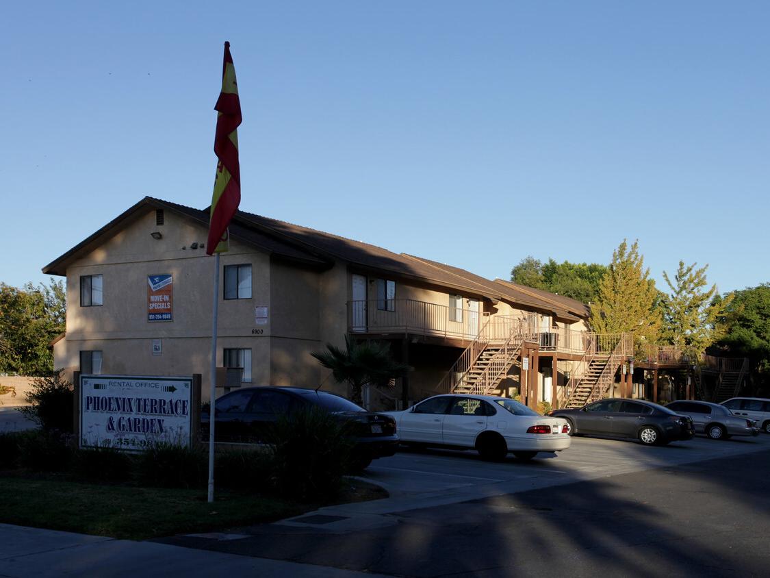 Phoenix Terrace Apartments Riverside