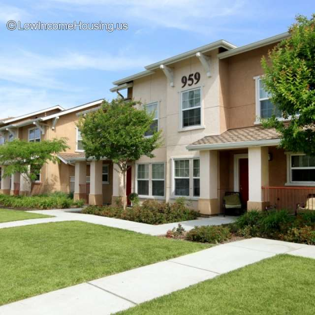North Avenue Apartments: North Avenue Family Apartments Sacramento