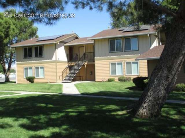 Riverland Apartments Reedley