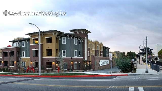 Courier Place Apartments Claremont