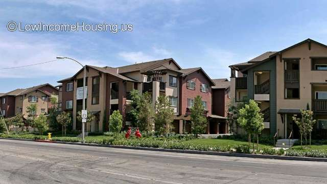 Monarch Pointe Apt Homes Anaheim