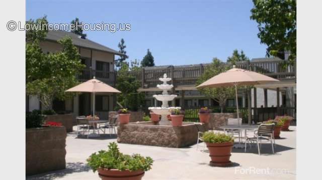 Heninger Village Apartments Santa Ana