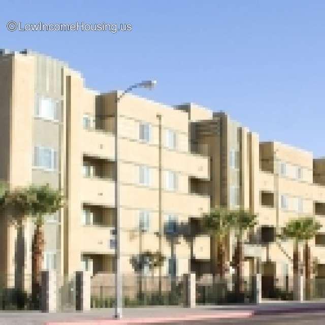Cheap Apartments Los Angeles: 4900 S Figueroa St, Los Angeles, CA