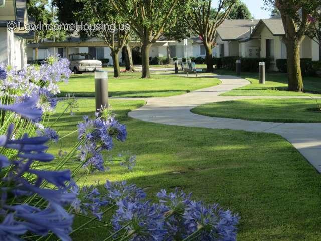 Parlier Garden Apartments