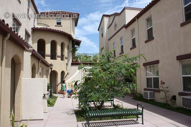 Harvard Court Apartments Santa Paula