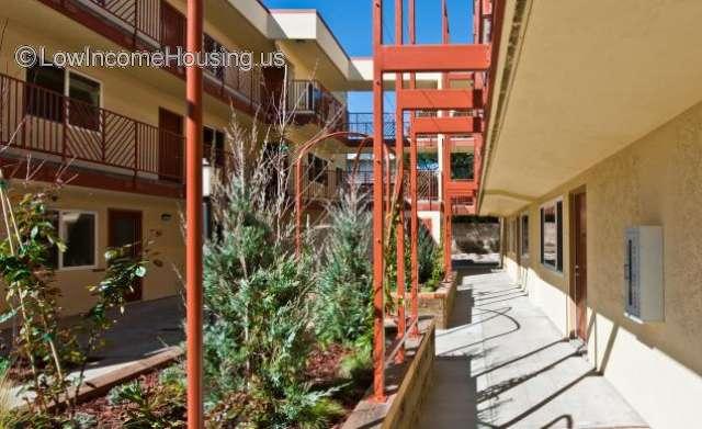 Fairmount Apartments Oakland