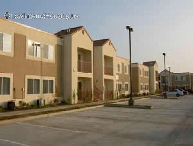 Hood Street Family Apartments Arvin