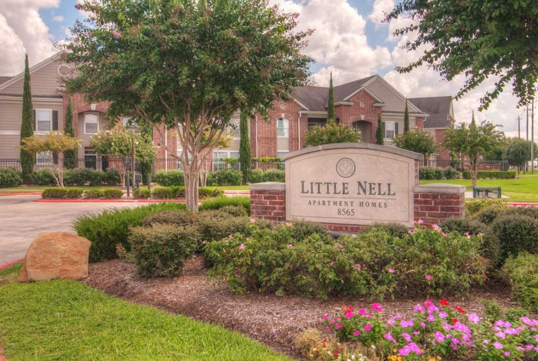 Little Nell Apartments