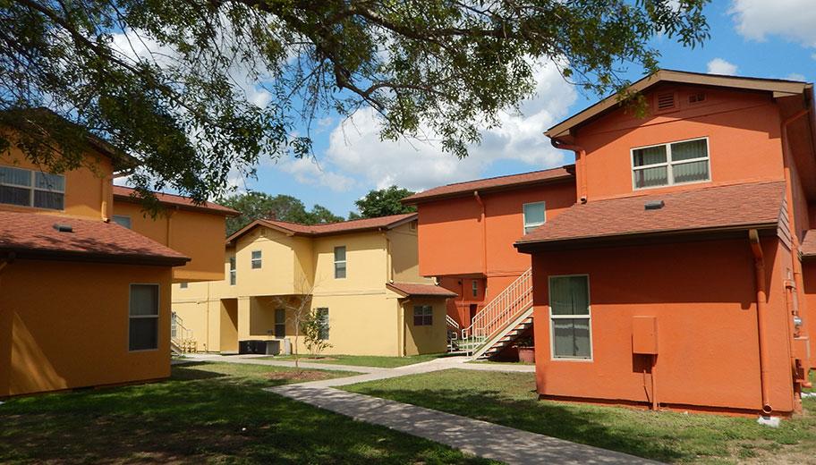 La Posada Del Rey Apartments 3135 Roosevelt Ave San