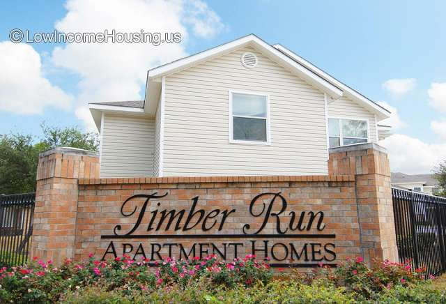 Timber Run Apartments Spring