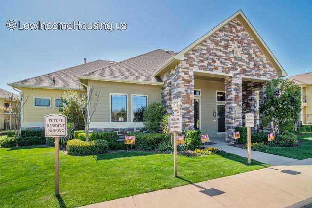 Villas At Henderson Place Cleburne