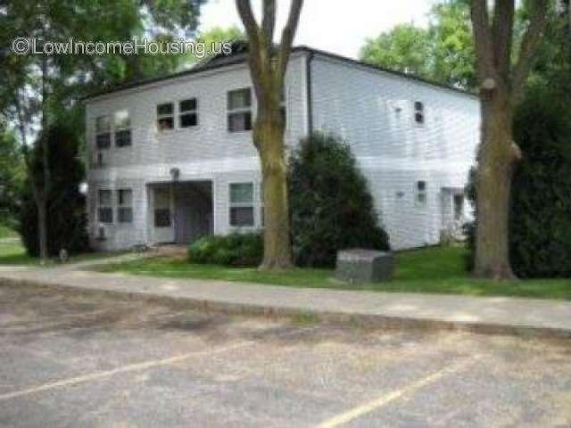 Cummins Place Apartments Dixon