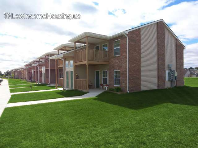 Illinois la salle county sheridan - Turnberry Court Apartments