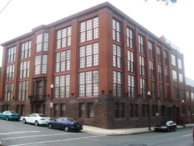 Mcfarland Apartments Harrisburg