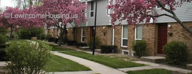 Sharon Green Townhomes Columbus