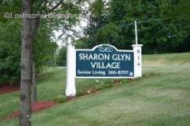 Sharon Glyn Village Newark