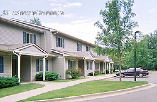Bracken Woods Apartments