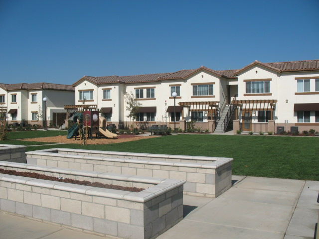 Shasta Court Apartments