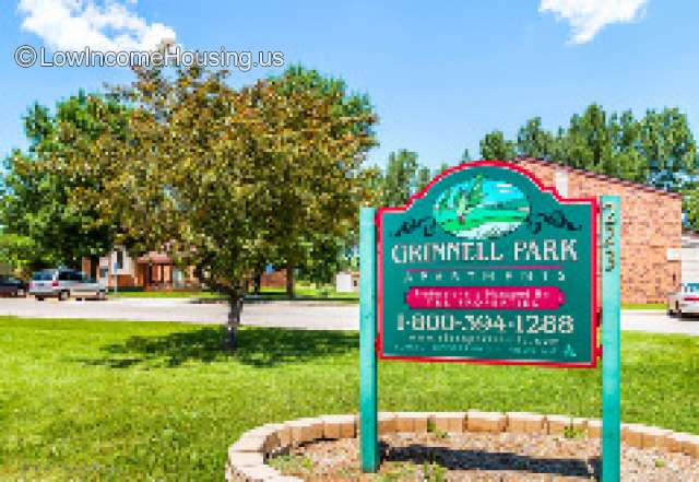 Grinnell Park Apartments for Families
