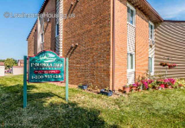 Indianola Park Apartments for Families