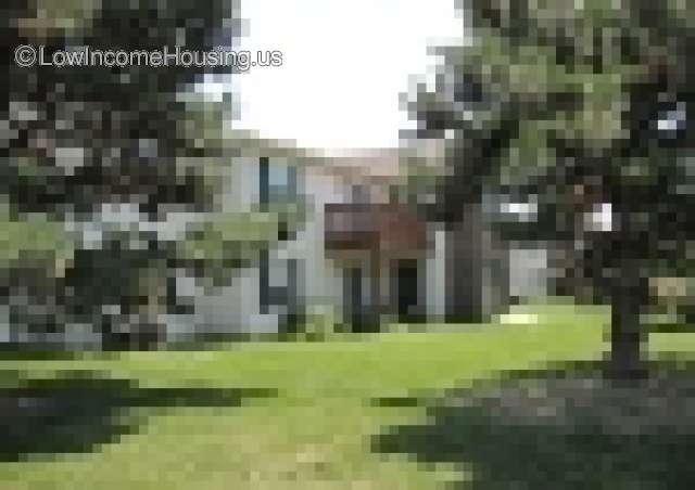 Deerfield Commons Apartments | 1725 Windmere Ct ...