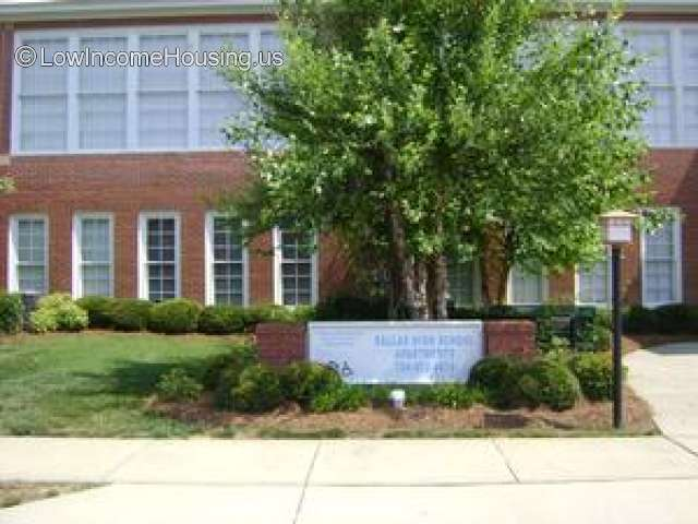 Dallas High School Apartments for Seniors