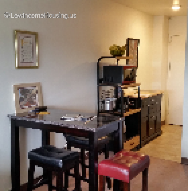 Low Income Apartments For Rent: Episcopal House Apartments For Seniors