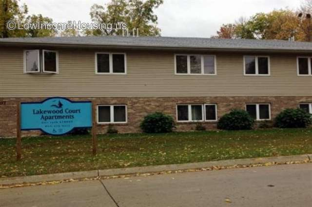 Lakewood Court Apartments - IA